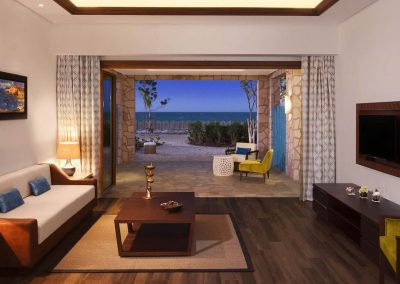 Banana_Island_Doha_Anantara_Anantara_Sea_View_Suite_Living_Area_1920x1037